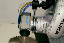 Sägen mit ARRTSM CNC-Roboter Kuka KR 600