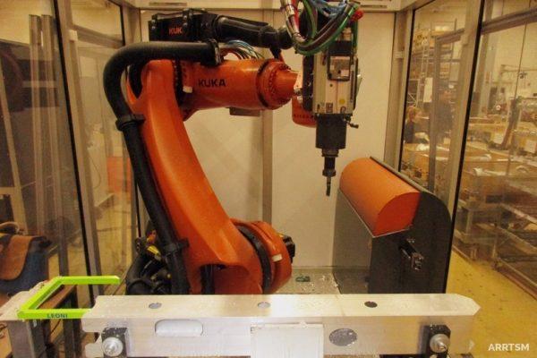 Bohren CNC-Roboter
